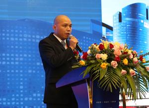 杨杰伟:探索蓝领市场新机遇 洞察万物互联新趋势